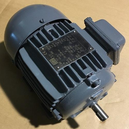 Moteur électrique WEG d'occasion 0.37 kW