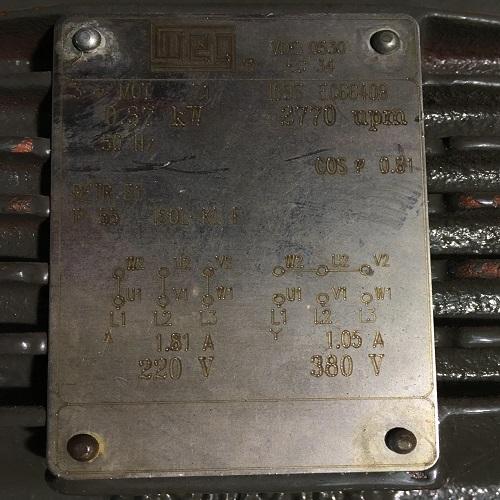 Moteur électrique WEG 0.37kW 3000 plaque